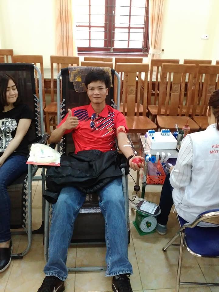 Trường tiểu học Nam Hùng tham gia hiến máu nhân đạo năm 2018