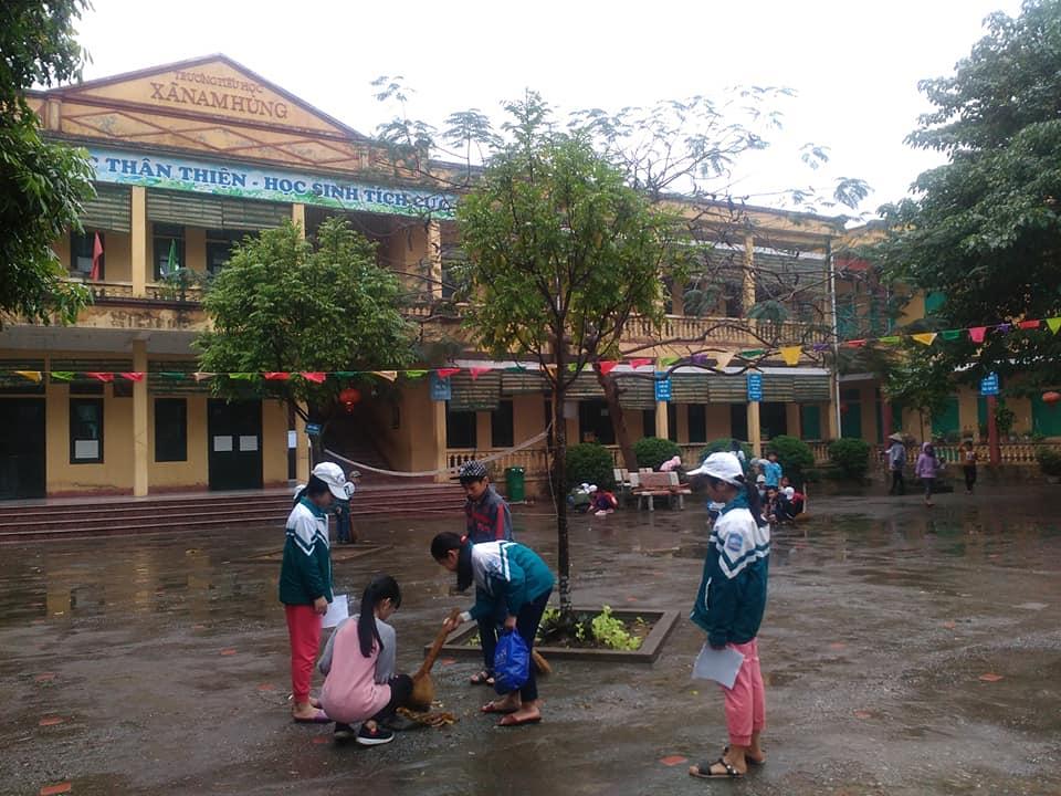 Trường tiểu học Nam Hùng tích cực tham gia lao động vệ sinh môi trường ngày chủ nhật tháng 3